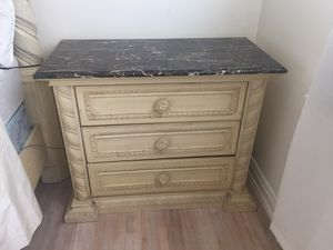Marble top antique white night stand for Sale in Los Angeles, CA