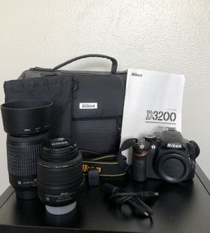 Nikon Digital Camera Bundle - Like New!! for Sale in Cape Coral, FL
