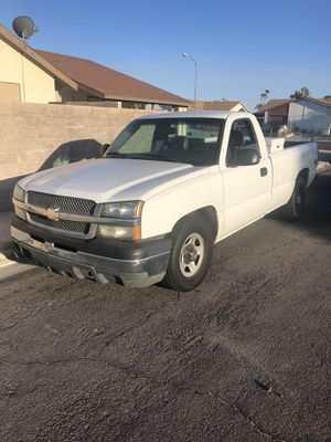 2004 Chevy Silverado Work truck Clean title!! for Sale in Las Vegas, NV