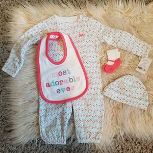 30 piece baby girl clothes bundle 3 month for Sale in Fresno, CA