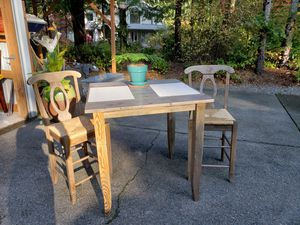 Kitchen/dining room table for Sale in Fox Island, WA