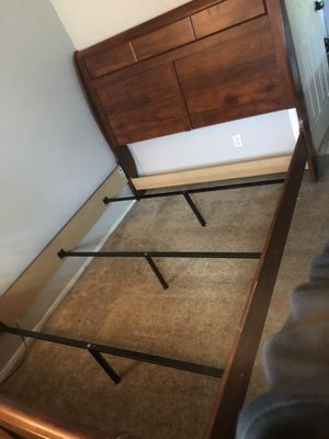 Bed frame for Sale in Rialto, CA