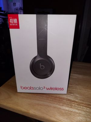 BEATS SOLO 3 WIRELESS GLOSS BLACK for Sale in Hartford, CT