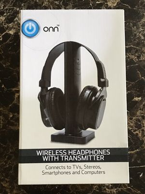 Wireless headphones with transmitter for Sale in Denton, TX