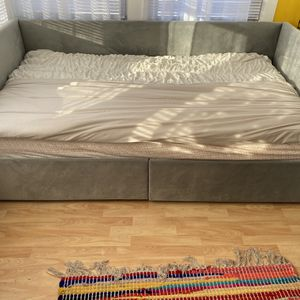 Twin Bed/frame for Sale in McCook, IL