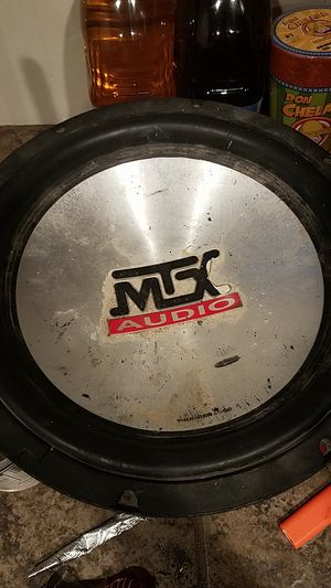 Mtx subwoofer 300w for Sale in Pittsburgh, PA