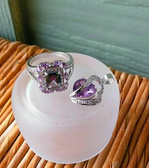 New. Gift Set: Mystic Topaz Ring and Purple Heart Necklace. Ring-Sz 9 for Sale in Mercer Island, WA