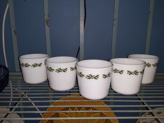 5 Corningware Holly Berry Mugs for Sale in Merrillville,  IN