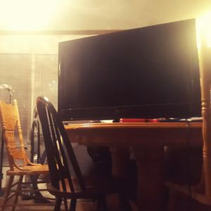 32 inch flatscreen TV for Sale in Grand Rapids, MI