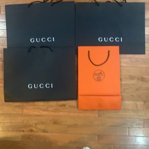 3 Gucci Bags 1 Hermès for Sale in Staten Island, NY