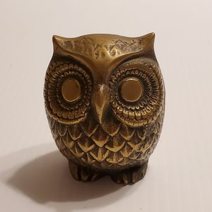 Vintage 70s Brass Owl Statue Metal Figurine Paperweight. Pre-owned, good shape. for Sale in San Jose, CA