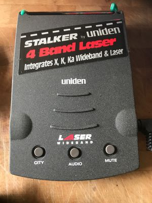 Uniden windshield mounted radar detector for Sale in Clifton, NJ