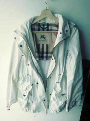 Burberry London White Rain Jacket w/ zipped hood for Sale in Kissimmee, FL