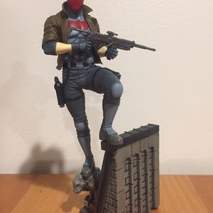 DC Collectibles Bat-Family Red Hood Statue for Sale in Chicago, IL