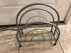 Magazine holder for Sale in Los Angeles, CA