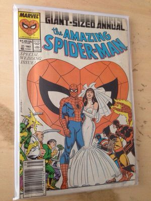 Marvel Comics Amazing Spiderman Annual 21 -Wedding issue + Spectacular Spiderman 7 -honeymoon issue combo! for Sale in Seattle, WA