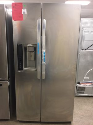 New LG Stainless Steel Side By Side Refrigerator Fridge for Sale in Chandler, AZ