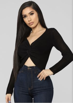 Fashion Nova crop sweater size medium new for Sale in Anaheim, CA