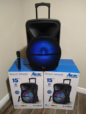 15 INCH BIG SPEAKER WHEELS HANDLE WIRELESS MICROPHONE 🎤 RECHARGEABLE 🔋 BLUETOOTH KAREOKE $130. NEW IN BOX for Sale in Rialto, CA