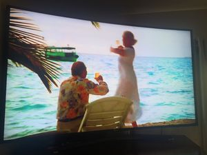 Curved TV 55 inch like branding no scratches control amazing TV Samsung 55 inch like new for Sale in Phoenix, AZ