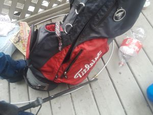 Bag and clubs 90$ for Sale in Portland, OR