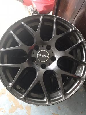 Rims sz18 for Sale in Poinciana, FL