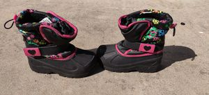 Young Girls Snowboots size 11 for Sale in Lakewood, CA
