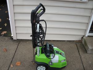 Greenworks 1700-PSI 1.4-GPM Cold Water Electric Pressure Washer Model # 51012 selling for parts runs but does not built pressure pressure washer h for Sale in Croydon, PA