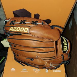 """WILSON A2000 DUAL HINGE 12"""" NEW PRO ISSUE for Sale in Queens, NY"""