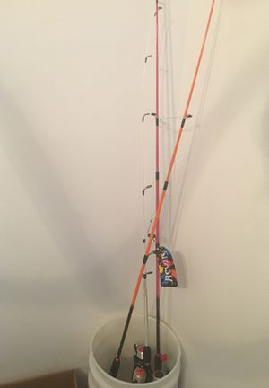 3 brand new fishing rods for Sale in Miami, FL