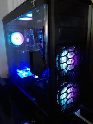 Corsair 760t gaming case with RGB fans w/remote control for Sale in Garfield Heights, OH