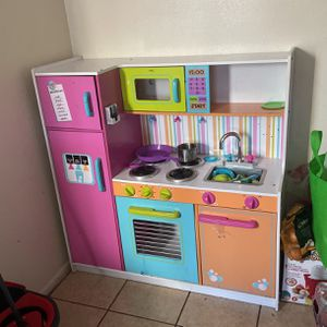 Deluxe Play Kitchen for Sale in Bradenton, FL