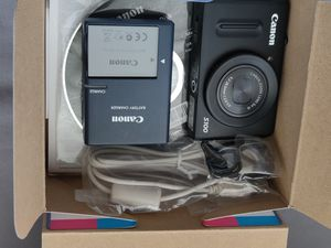 Canon S100 for Sale in West Sacramento, CA