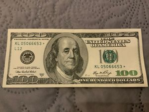 Star note $100 dollar bill from 2006, about uncirculated for Sale in Los Angeles, CA