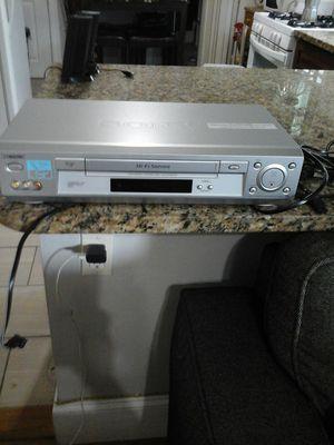 SONY HI-FI STEREO, VIDEO CASSETE RECORDER slv-n700, flash rewind/ 19 micro head/ Auto Clock Set for Sale in Boston, MA