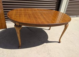 Dinning table with 4 chairs for Sale in Sanger, CA