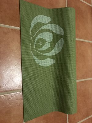 Yoga mat for Sale in Miami, FL