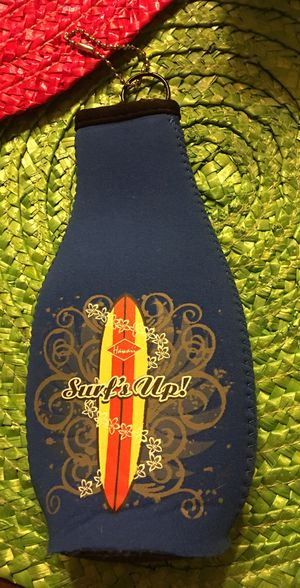 NEW!! Surfboard print for beer or root beer insulated bottle holder with zip up back Valentines Day Gift Ideas! for Sale in St. Louis, MO
