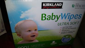 Wipes / pampers for Sale in San Antonio, TX