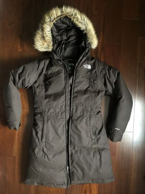 North Face Women's Parka - Medium for Sale in Fairfield, CT