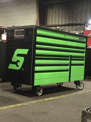"""Snap-on 68"""" tool box for Sale in Selma, CA"""