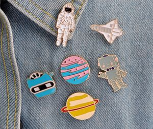 New hipster pin buttons set of 6 robot view finder moon for Sale in Cypress, CA