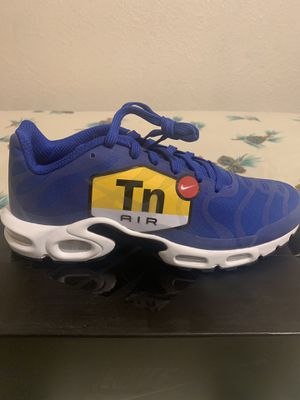 Brand new men's nike airmax plus size 10 with box for Sale in San Antonio, TX