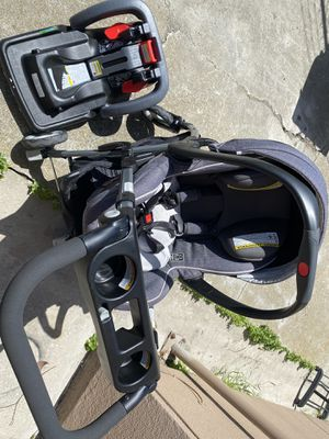 Infant travel system for Sale in Colma, CA