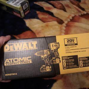 Dewalt 20v compact impact and drill for Sale in Hazard, CA