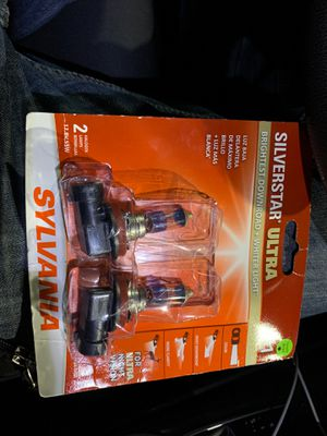 Headlights Toyota it has one year factory warranty no fuse last for more than a year for Sale in Queens, NY