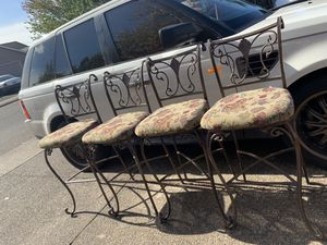 Chairs for Sale in Woodburn, OR