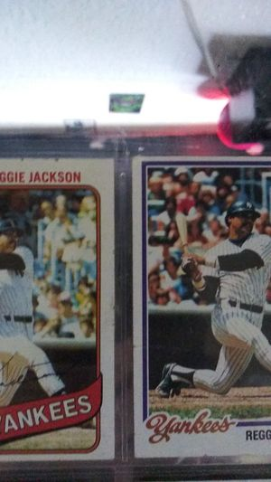 2 reggie jackson baseball cards for Sale in Concord, CA