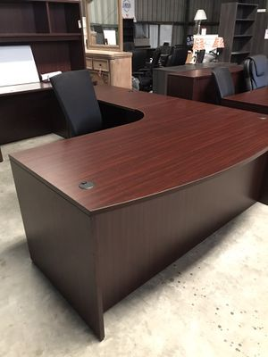 Executive L shaped desk for Sale in Lexington, SC