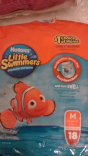 Huggies Swimmer Diapers Size M. 24-34lbs. for Sale in Strongsville, OH